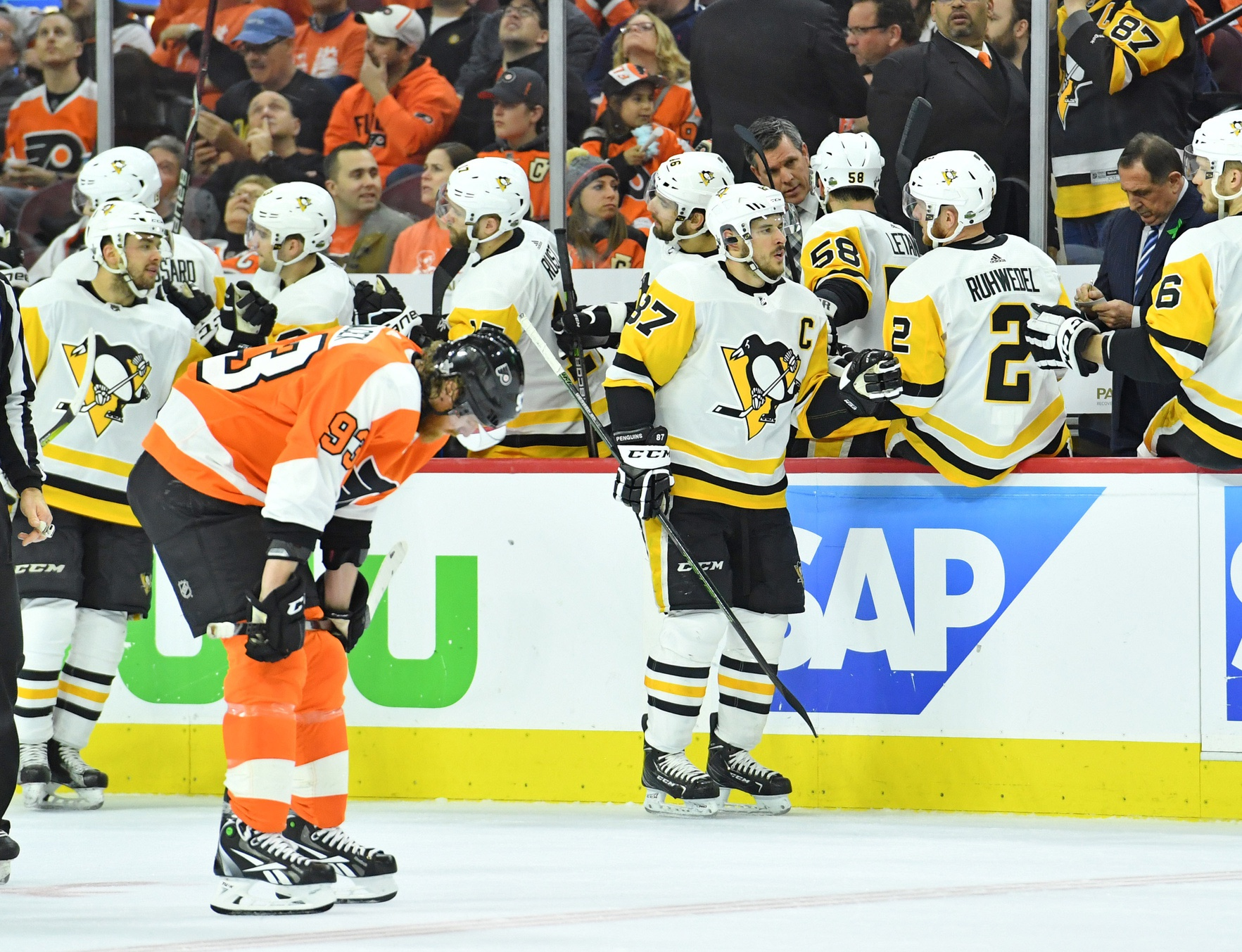 Sidney-crosby-penguins-celebrates-goal-against-philadelphia-flyers-in-the-stanley-cup-playoffs