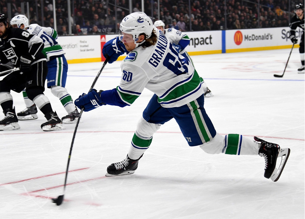 Flames gets Talbot; Smith to Oilers