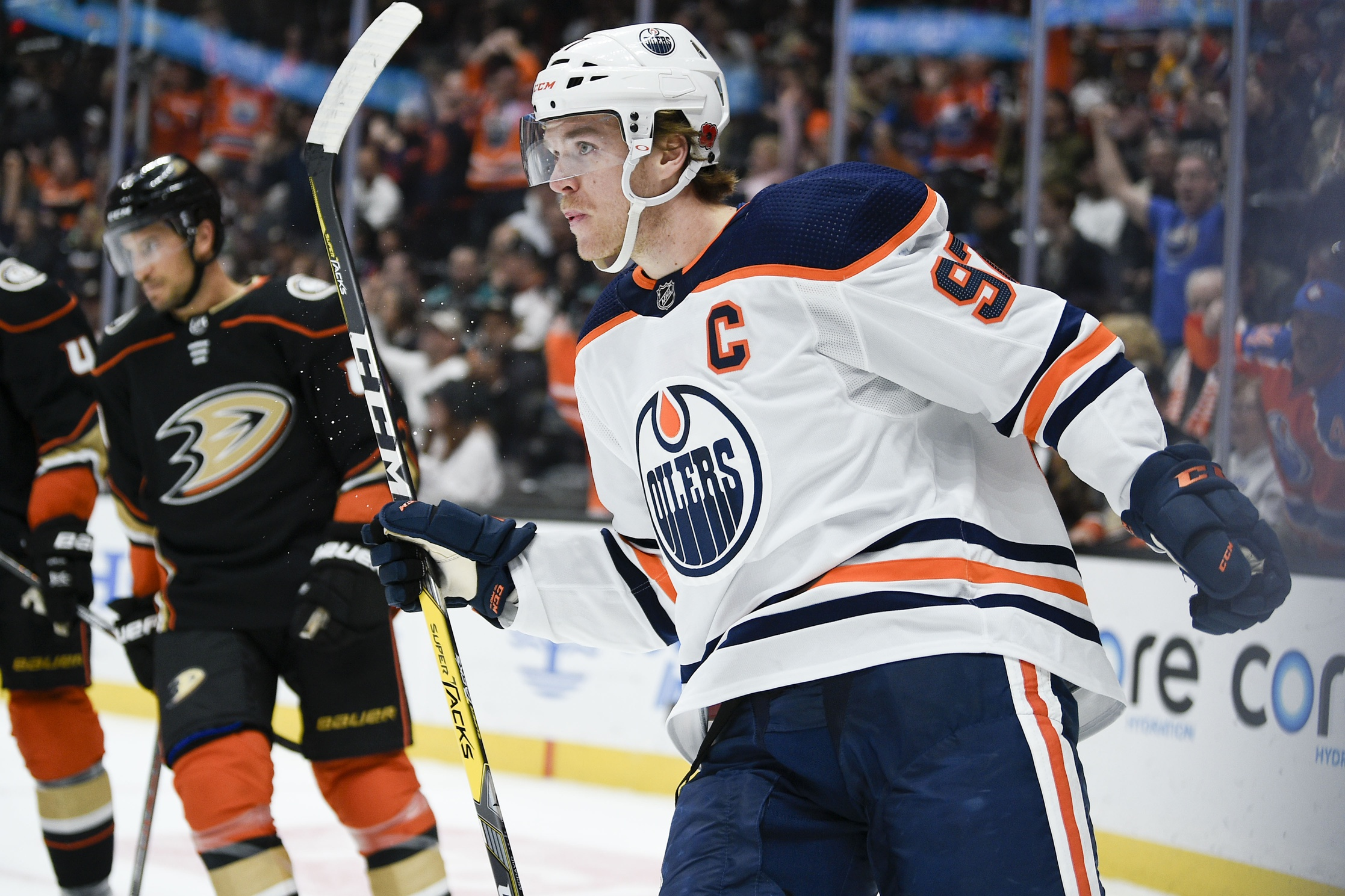 Edmonton Oilers ground Ducks as Connor McDavid nets hat trick