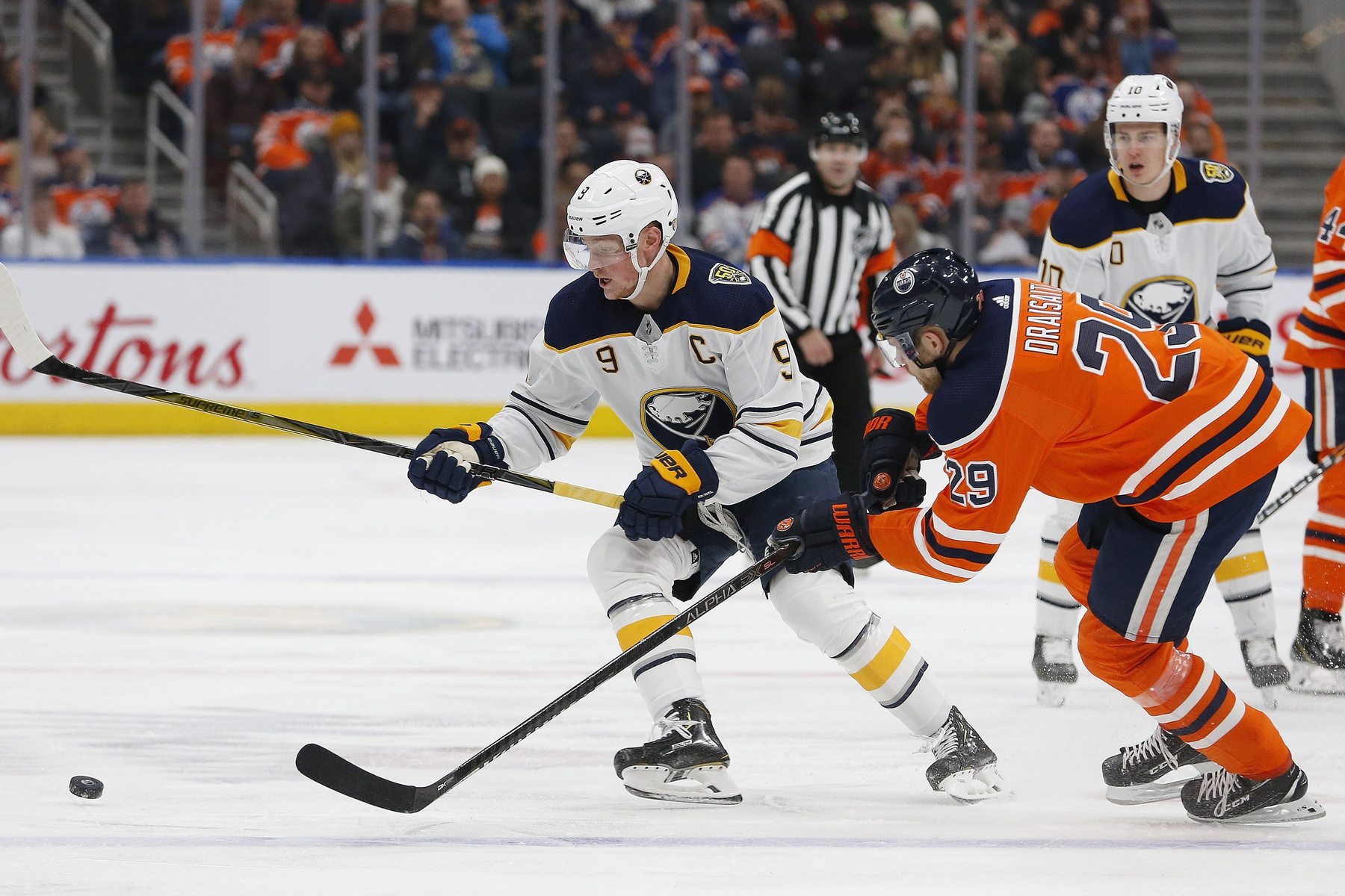 Eichel and Buffalo take on Edmonton