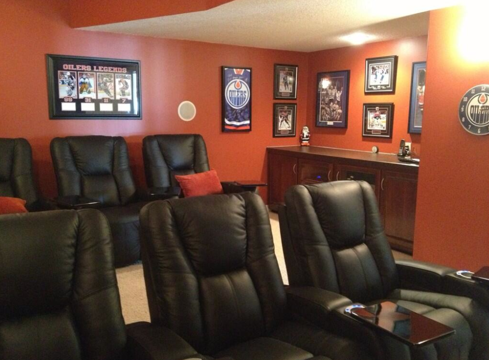 Man Cave Vote : World s best man cave dream homes for sale part of youtube