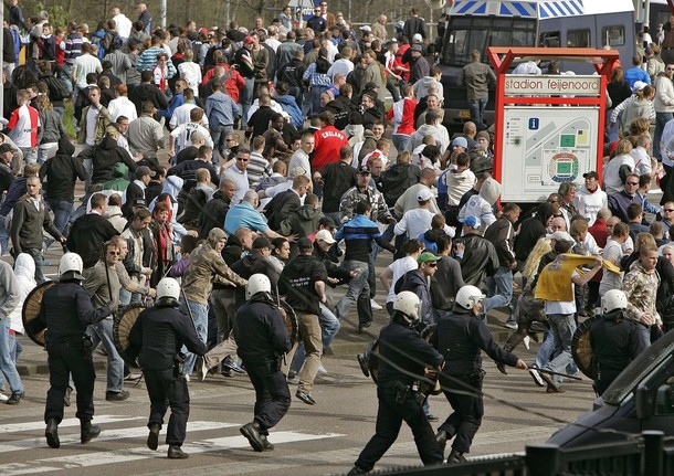 FBL-NED-FEYENOORD-CLASHES-POLICE